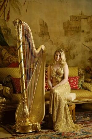 Claire Jones harpista oficial de Sua Alteza Real a Rainha Elizabeth II