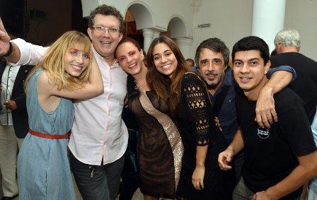 Renata Guida , Paulo de Moraes , Tânia Pires , Andressa Lameu , Joelson Medeiros e Leonardo Hinckel