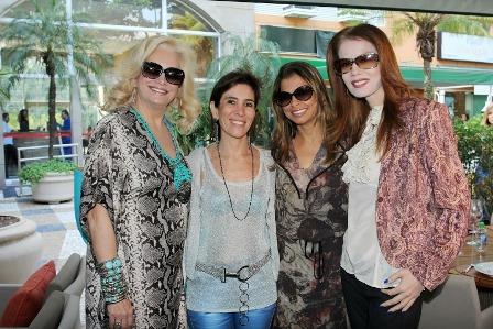 Sônia , Esther Nigri, Andrea Simonelli e Giovanna Priolli
