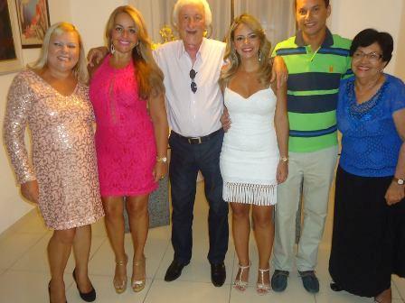 Eliana Araújo, Mailin, Jose Carlos, Pricila, Kleber Araújo e Maria Carneiro