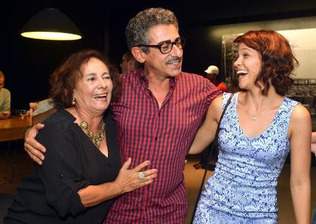 Os atores  Zezita Matos , Claudio Jaborandy e Debora Ingrid