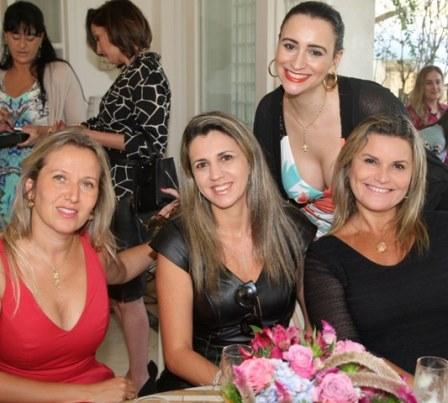 Geraldine Kauffman, Caroline Panizza, Tatiana Gomes e Karla Edge