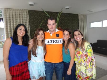 Marta Mascarenhas, Renata e João Lucas, Viviann e Karine Silva Guirra