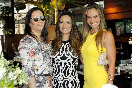 Marcia Romão entre Simone Tostes e Carol Rajão