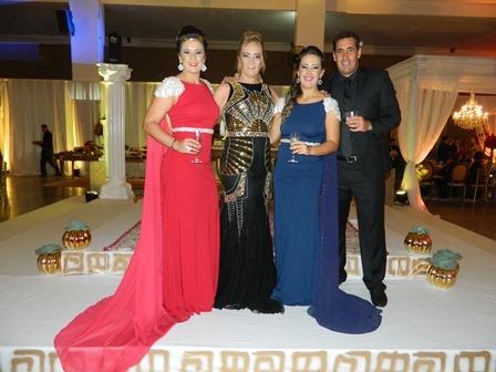 Mariana, Maria La Salette, Ana Clara e Thiago Souza