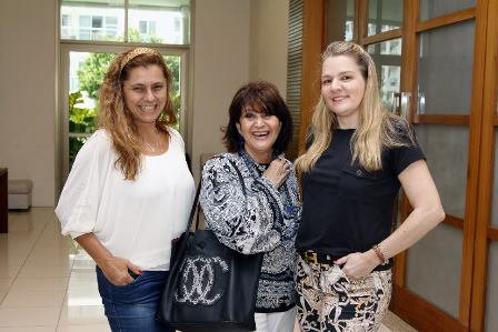 Ana Cristina Caldas, Micheline Thome e Claudia Januzzi.