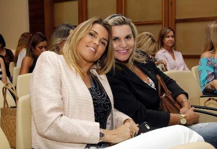 Claudia Lobo e Karla Edde