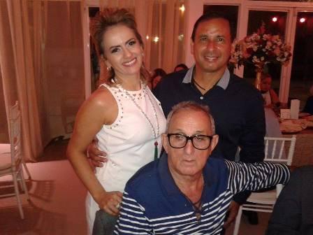 Carla e Carlos com Ribamar Muniz