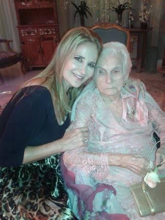 Gisela Markenson e sua tia Daisy Muniz