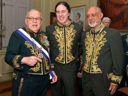 Marcos Vilaça , Geraldino Carneiro, Domicilio Proença Filho