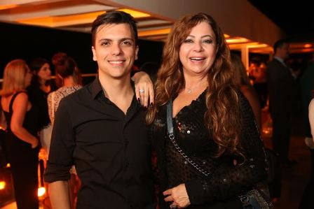 Osvaldo Novaes e Kristhel Byancco