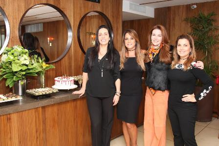 Renata Rocha, Roberta de Andrade Neves, Ana Cecilia de Azevedo e Maria Clara Pamplona