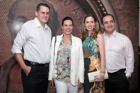 Roberto Rique e Narcisa Tamborindeguy, Pedro e Caroline Passos
