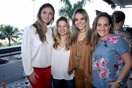 Bianca Damaren , Alessandra Curvellom Alessandra Amaral e Carolina Arrigoni