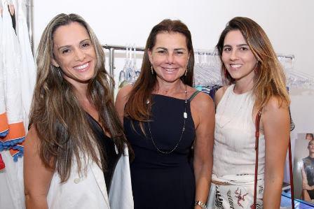 Cris Oliveira, Luciana Almeida e Camila Ferreira leite