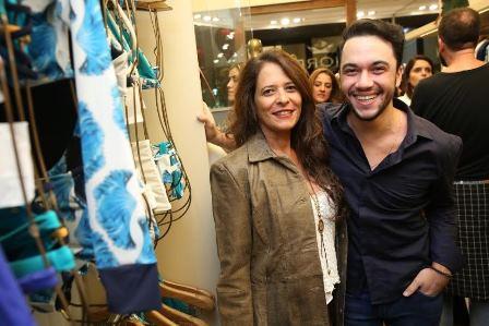 Exibindo Suzana Barros e Vinicius Belo