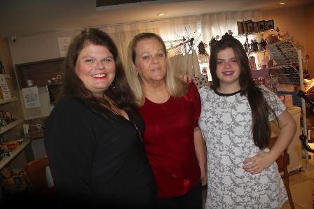 Fernanda, Gracinha e Maria Fernanda