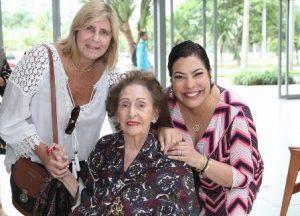 Ilana Zandere, Virgínia Diniz Carneiro e Claudia Cury