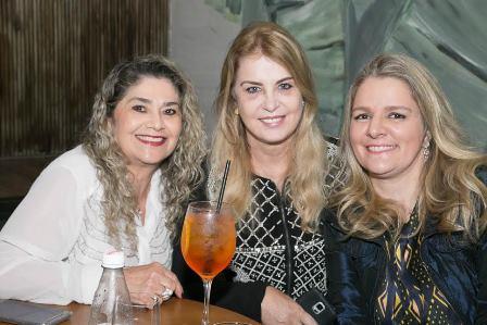 Judith Candida, Inez Costa, Claudia Januzzi