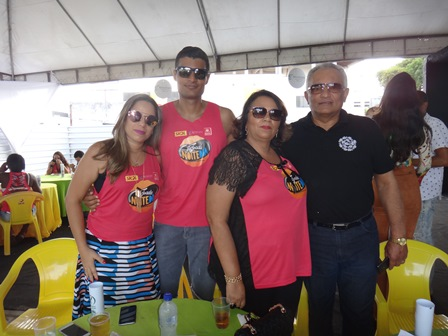 Juliana, Diego, Alfreda e Adelmario Xavier