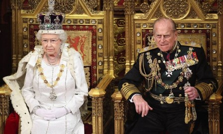 Rainha Elizabeth e Príncipe Philip na Câmara dos Lordes, em Londres - POOL New REUTERS