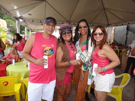 Wilton Maya, Rose Cruz Carolina Lima Silva e Graça Pires