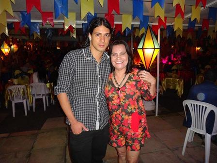 Luis Eduardo de Oliveira Borges com a vereadora Emita Mota