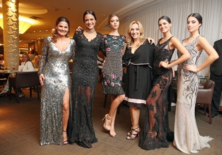 Magda Cotrofe, Paula Pignanelli, Amanda Fenelon, Angela Lemos, Leticia Salles e Raphaela Mondalto