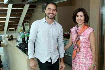 Hudson Almeida e Monica de Carvalho