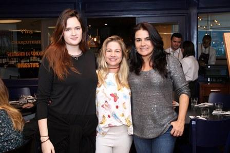 Vicky Gentil, Alessandra Curvelo e Katia Ammon