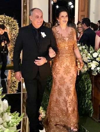 Jodilton Oliveira Souza e Nivea Maria Azevedo