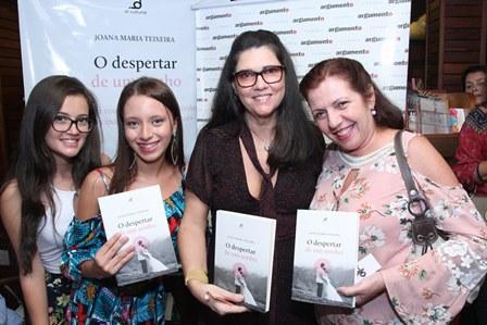 Stella Gomes, Joana Maria Teixeira e
