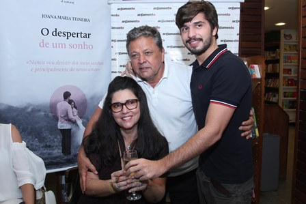 Joana Maria Teixeira, Aluizito e Lucas Teixeira