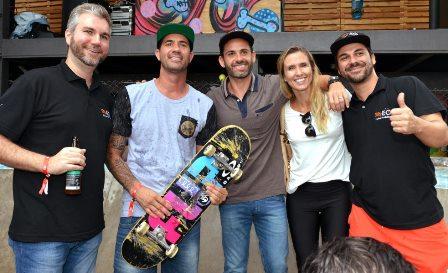 Bob Burnquist , Felipe Mussalem com Pedro e Betina