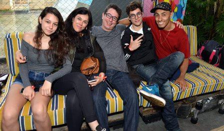Liz Queiróz , Luciana , Rodrigo Calota , Carlos Queiróz e Ítalo Romano