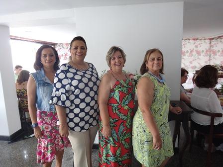 Maristela Freitas Leite, Alfreda Xavier, Célia Cerqueira e Maria das Graças Freitas