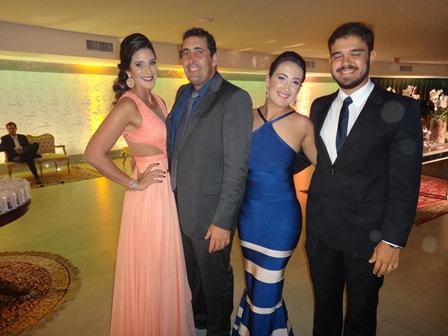 Catarina e Thiago Souza com Ana Clara Moises Ribeiro