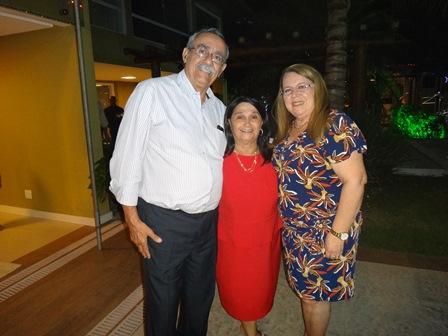 Cinira Soares entre Luiz Antonio Macedo e Yara Portugal Lima e Cruz