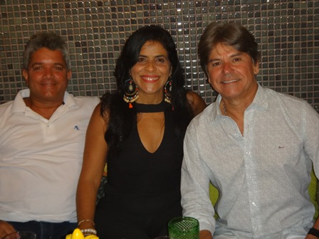 Dario e Neuza Vinhas com Edval Nogueira Nascimento