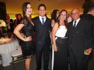 Lua Barreto Campos e Rafael Pinto Cordeiro com Andrea e Salvio Magalhães