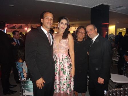 José Nilton Martins e Maria Silvana Mascarenhas, Silvia e José Nilton Mascarenhas