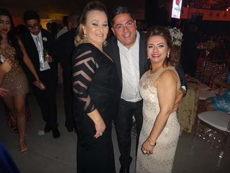 Rita Jatobá com Marcos e Normeide Pedreira