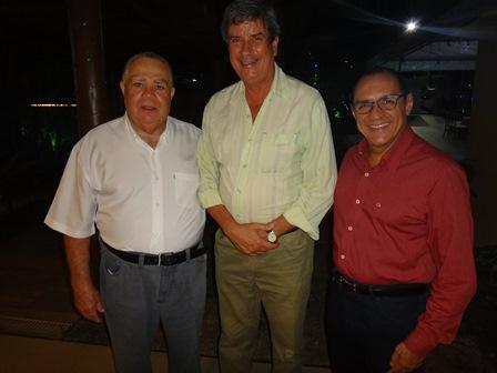 Sebastião Soares, vice prefeito Colbert Martins e vereador Roberto Tourinho