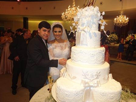 Vitor e Fernanda Marques Faris