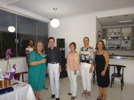Yara Portugal Lima e Cruz, Ailton Pitombo, Célia Cerqueira, Ritinha Caribé Kruschewsky e Soraia Caribé