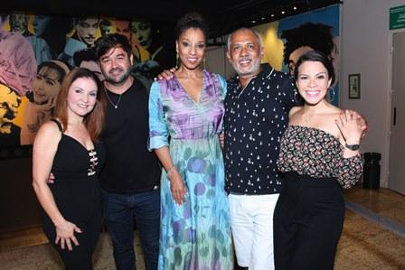 Maximiliana Reis,Alessandro Anes,Adriana Lessa, Jô Santana e Cacau Melo