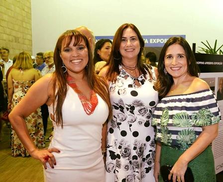 As expositoras Luciana Nunes, Isabel Pinheiro e Renata Caldas