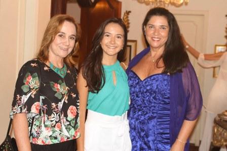 Cyntia Tenorio, Mikaela Cabral e Joana Maria Teixeira