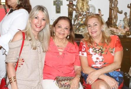 Teresinha Matta, Adelina Bitencourt e Lidia Carvalho