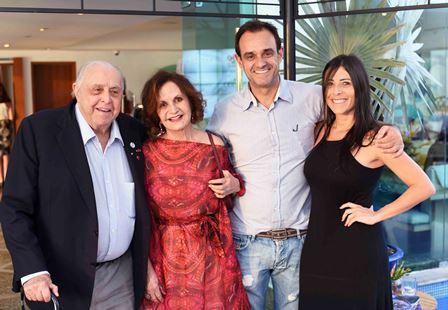 Mauro Mendonca  Rosa Maria Murtinho Rodrigo Mendonca e Marcia Kunnha